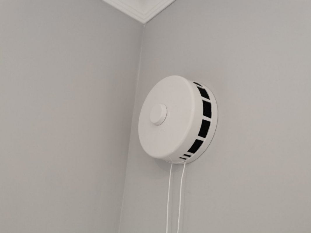 Монтаж стеновых приточных клапанов КИВ оказываем услуги